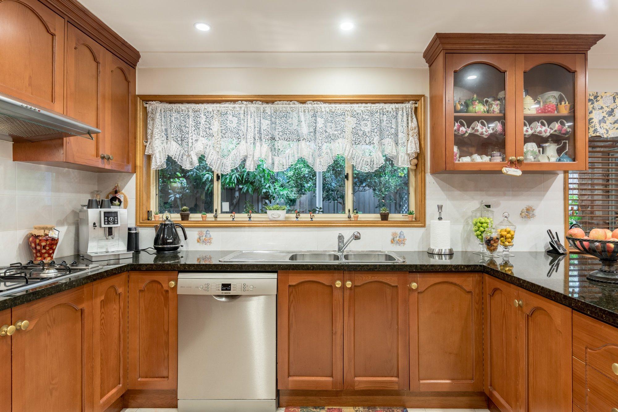 Before - Perfect Kitchen Resurfacing